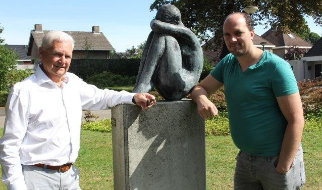 Henny van der Burgt en Peter Donkers hopen dat zij de oorlogsdocumentaire De Schakel in een bijzondere vorm kunnen gaan gieten. Foto: Wendy van Lijssel
