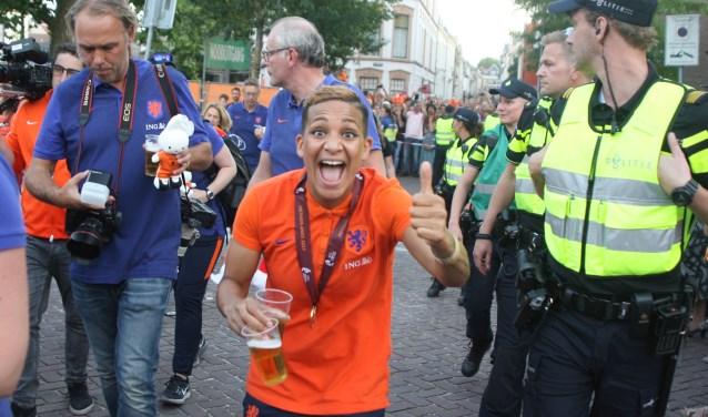 Shanice uit haar dak tijdens de huldiging maandagavond in Utrecht.
