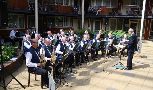 De Senioren Blaaskapel Geldrop bestaat uit 25 muzikanten die in hun vrije tijd hun geliefde muziek zijn blijven beoefenen.