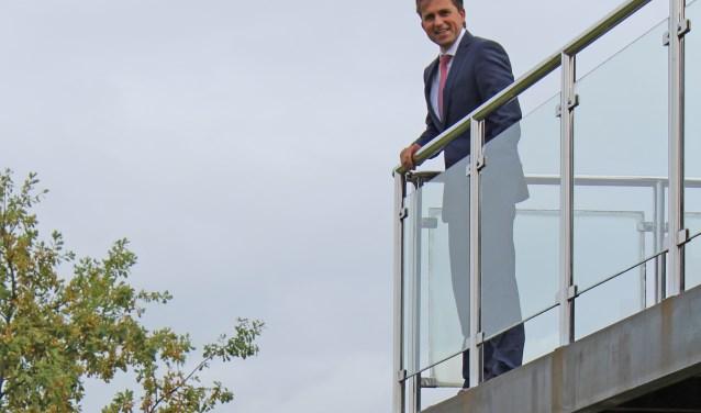 Wethouder Gerard van den Anker stelt zichzelf niet meer herkiesbaar voor de nieuwe verkiezingen. Na 20 jaar wil hij de fakkel doorgeven aan iemand die er ook weer vol voor wil gaan.