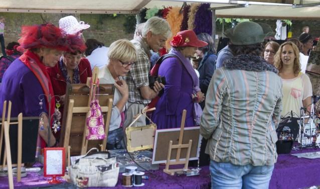 Vele modellen en bezoekers gaan op zaterdag 9 september in het Wageningse Torckpark hun mooiste hoeden showen tijdens de achtste editie van de Dag van de Hoed. Foto: Johan Mulder