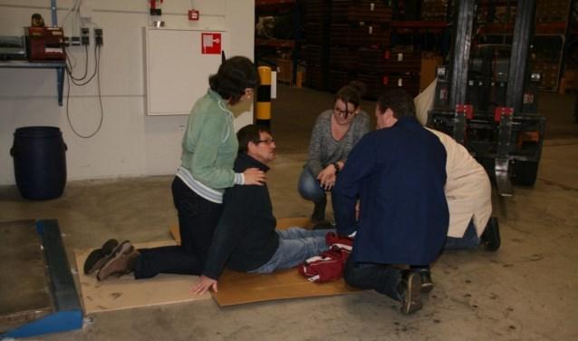 Een EHBO cursus is heel belangrijk, volgens de vereniging. (Foto: Privé)