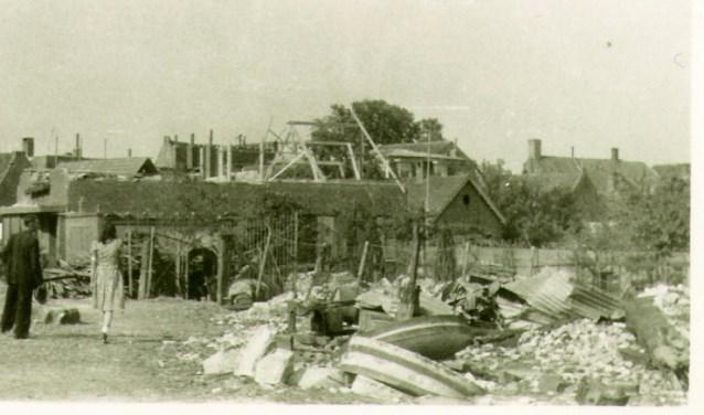 De molen in Werkendam vlak nadat die werd opgeblazen in april 1945