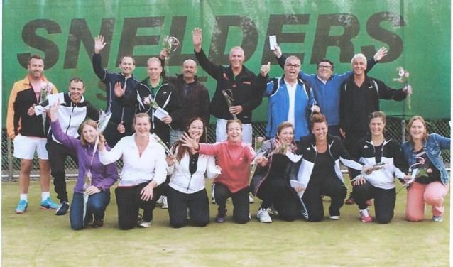 Een aantal finalisten van het Game-Zetten-Match toernooi. (Foto: TC De Leigraaf)