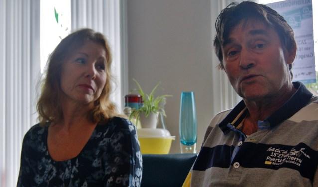Aanstaande zaterdag houden Kees en Marianne Teuben weer de najaars inzameling voor 'Mensen in Nood' (Foto Martin van Gurp)