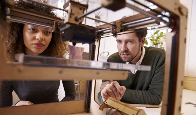 Bezoekers kunnen kiezen uit een programma barstensvol activiteiten, zowel binnen als buiten. Van een escaperoom of het 3D-printen van een pannenkoek tot een VLOG-wedstrijd.