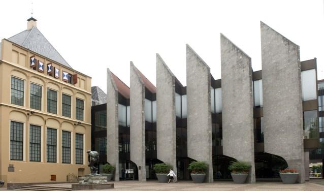 Op verzoek van de Zwolse supermarkten heeft het college van burgemeester en wethouders de openingstijden voor twee zondagen verruimd.