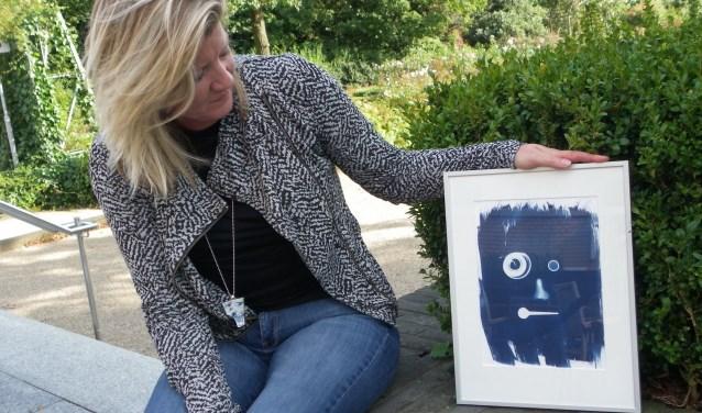 Diana Kölker organiseert de Cultuurproeverij en exposeert binnenkort bij de Kunstroute. FOTO: Morvenna Goudkade