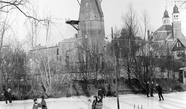 De Luciakerk is de enige Nederlandse kerk in Duitse barokstijl, doordat Ravenstein niet bij Brabant hoorde.