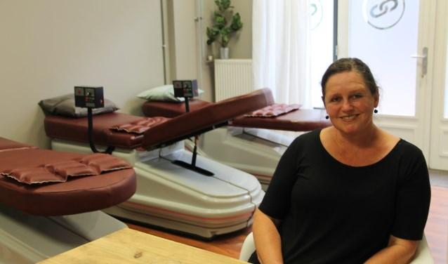 Karin Schakelaar in haar nieuwe bewegingsstudio. (Foto: Lineke Voltman