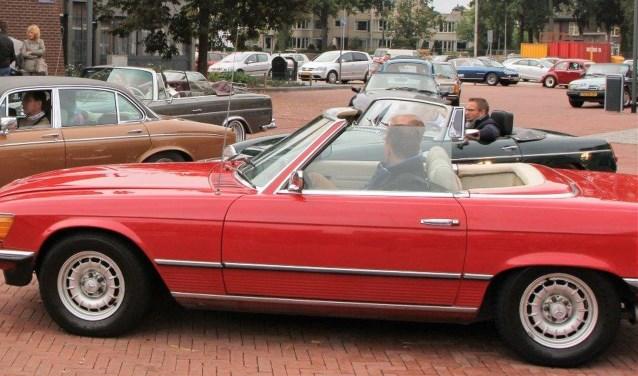 Wie doet mee met de Automobiel Club Borne op zondag 1 oktober met de tiendeeditie van de ACB100?