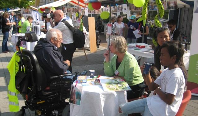 De vrijwilligers kregen enthousiaste reacties tijdens de Vrijetijdsmarkt Overbetuwe. (Foto: PR)