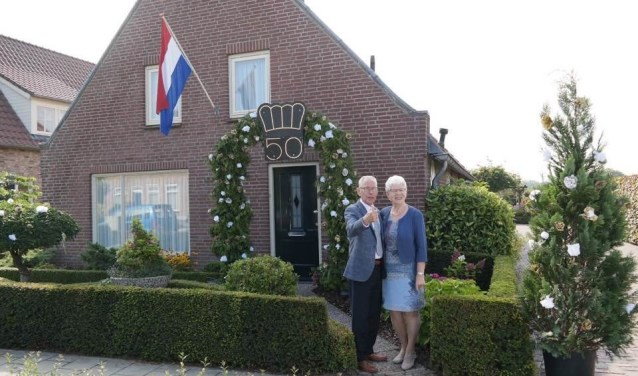Cor en Ria van den Hoven uit Drunen hebben vrijdag hun gouden bruiloft gevierd.