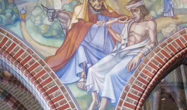 Wandschildering De Barmhartige Samaritaan in de Martinuskerk in Cuijk. (Foto: Gita Siebers)