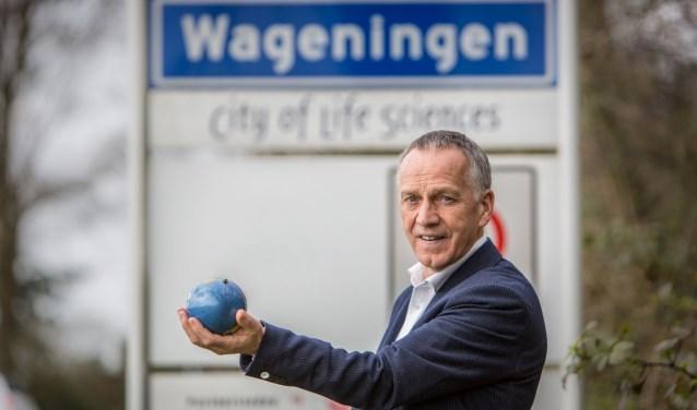 """Sjaak Driessen: """"Wil je van Wageningen echt een internationale stad maken, dan moet je in je programmering ook kunstenaars en kunstenmakers van buiten Wageningen hebben."""" (foto: Cees Beumer)"""