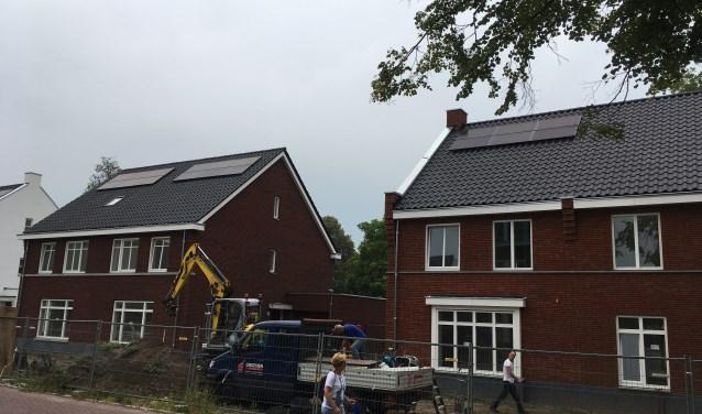 De eerste zeven woningen in het nieuwe wijkje Dorpshart in Helvoirt worden op 14 en 15 september opgeleverd. De overige 25 woningen volgen in de loop van dit jaar.