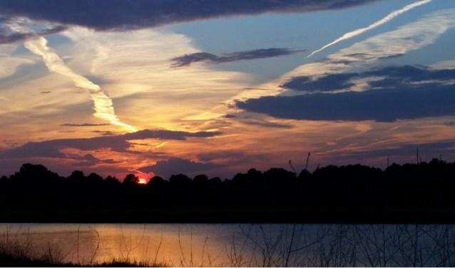De zon zorgt vaak voor mooie plaatjes bij De Vilt. (foto: eigen foto)