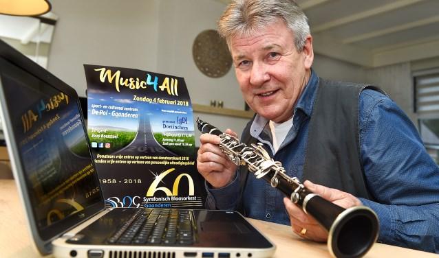 """Jos Rabelink: """"Vier jaar na de oprichting kwam ik bij de muziekvereniging."""" (foto: Roel Kleinpenning)"""