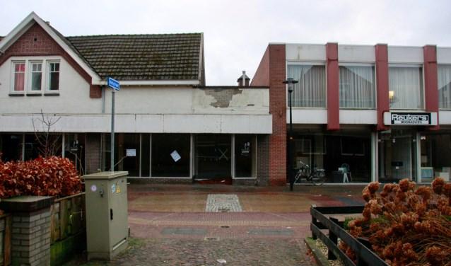 De verpaupering is toegenomen doordat niemand wist wat er ging gebeuren met de Dijkstraat.