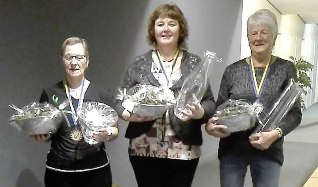 Van links naar rechts Lammie Wolferink, Petra van Westerhuis en Wil Eltink.
