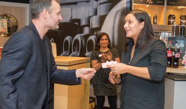 Ook Charella Westra werd in het zonnetje gezet. Dit keer door Barry van Bommel. Charella is genomineerde Sporter van het Jaar.
