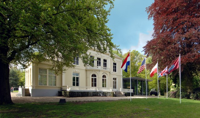 De buitenkant van het Airborne Museum Hartenstein staat nu nog in de steigers. Later dit jaar volgt de binnenkant van het gebouw.