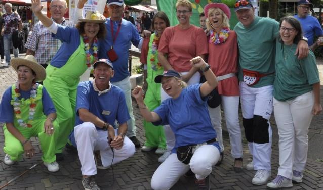 Vals Alarm bestaat dit jaar 30 jaar. 18 blaaskapellen komen dit mee vieren. Nog nooit waren er zo veel muzikanten bij elkaar in 't Trefpunt.