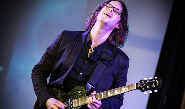 John F. Klaver trapt de concertreeks af met zijn band. Hij speelt zijn volledige nieuwe album Catch The Morning Sun live op zaterdag 6 januari.