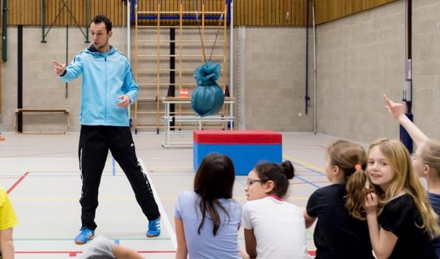 Sportcoaches actief op scholen