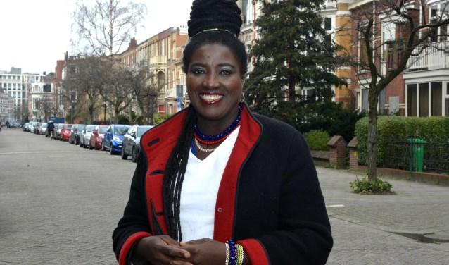 Liesbeth Peroti heeft het goed naar haar zin in Den Haag (Foto: Jos van Leeuwen).
