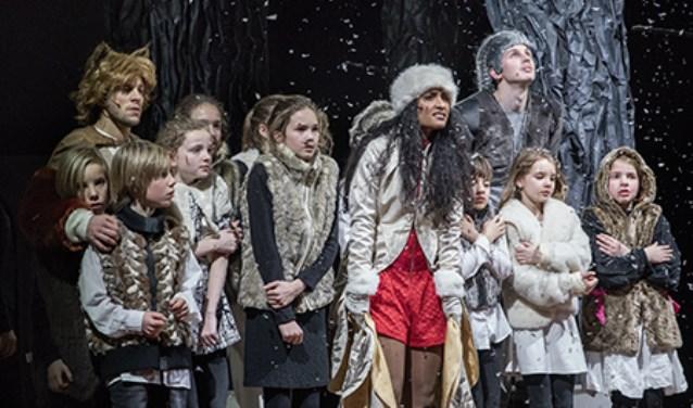 Tien Delftse kinderen doen mee met Beauty en het Beest.