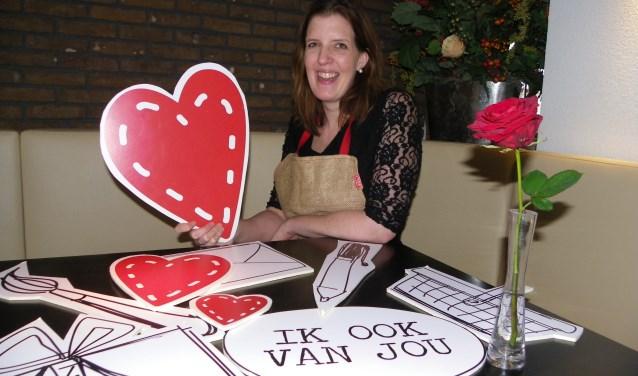 Brenda Zaal is initiatiefneemster van de LiefsFabriek, samen met zusje Anne. De creatieve fabriek in de polder gaat er definitief komen. Foto: Morvenna Goudkade