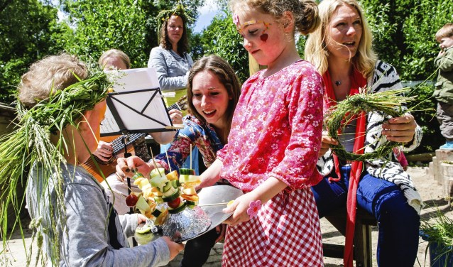 Veel activiteiten buiten bij Kinderopvang De Geheime Tuin. FOTO: Geheime Tuin kinderopvang