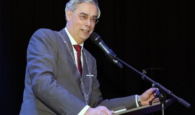 Burgemeester Jan Brenninkmeijer bij de opening van het Huis van Waalre op dinsdag 2 januari. Foto: Theo van Sambeek.