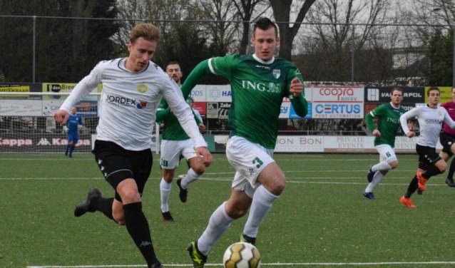 Er waren wel kansen, maar het lukten beide ploegen niet om te scoren op sportpark Schildman.(FOTO: www.phsfoto.nl)
