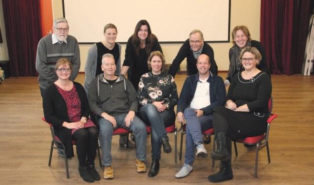 Het nieuwe Roefelcomité Duiven. De Roefeldag is op zaterdag 23 juni.