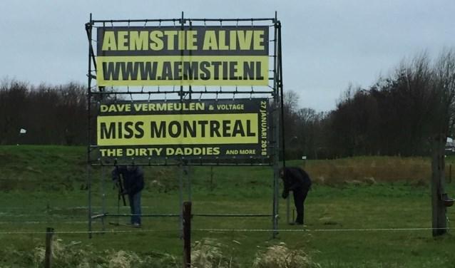 Voorzitter Hans Verduijn en zijn bestuur hebben het razend druk met de voorbereidingen voor Aemstie Alive.
