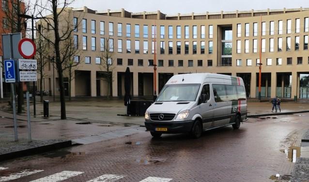 De buurtbus onderweg in Ridderkerk.