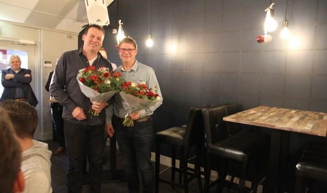 Erik Hekking (links) en John Hargeerds werden gehuldigd.