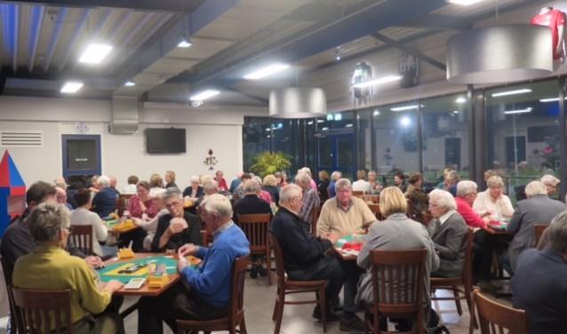 De Hengelosche Bridgeclub jubileert. De club, die in oorlogstijd opgericht werd, bestaat 75 jaar. Voor de leden is er een feestmiddag op 21 januari. Eigen foto