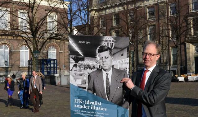 Alex Krijger schreef 'JFK: idealist zonder illusies'. (Foto: Jos van Leeuwen)