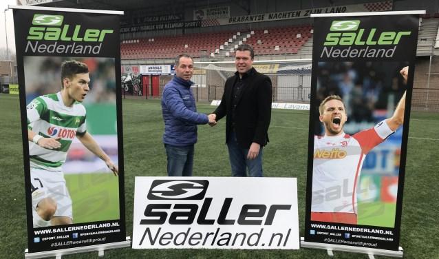 Marco van der A, importeur Saller Nederland (links) en Antoine Beije, commercieel manager Helmond Sport (rechts).