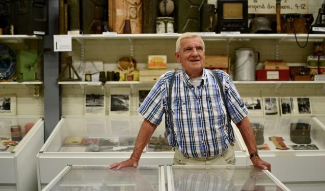 Jan Anderson bezit 120.000 historische objecten, waaronder zelfs voorwerpen die meer dan 2.160 jaar oud zijn. In zijn gratis streekmuseum brengt hij aan de hand van zijn verzameling de streekgeschiedenis tot leven. (Foto: Britt Planken)