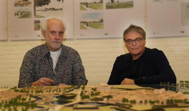 Frank Haans en Piet Zelissen zetten zich in voor kenniscentrum Grave. (foto: Marco van den Broek)