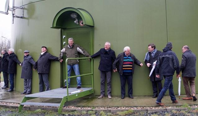 Raadsleden college en ambtenaren omarmen klimaat (Foto: Jan Woldberg)
