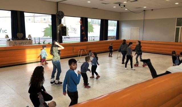 In Hart van Meerdervoort heeft donderdag en vrijdag een heuse indoor schaatsbaan gelegen. (Foto: Privé)