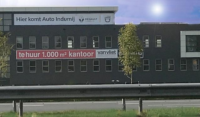 De nieuwe plek voor de showroom van de Renault Store van Auto Indumij aan de Krakau 3 in Barendrecht. (foto: pr)