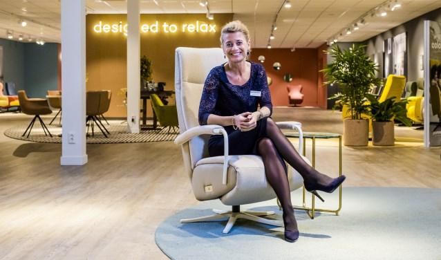 """""""Sfeer is voor ons heel belangrijk, net als een persoonlijke benadering,"""" vertelt Naomi Kardol, een van de verkoopadviseurs van Prominent in Nunspeet. De winkel heeft een restyling ondergaan."""