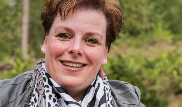 Miranda Elferink-Blokhuis is in januari gestart als zelfstandig uitvaartbegeleider. Ze begeleidt het proces rondom de uitvaart én de tijd erna.