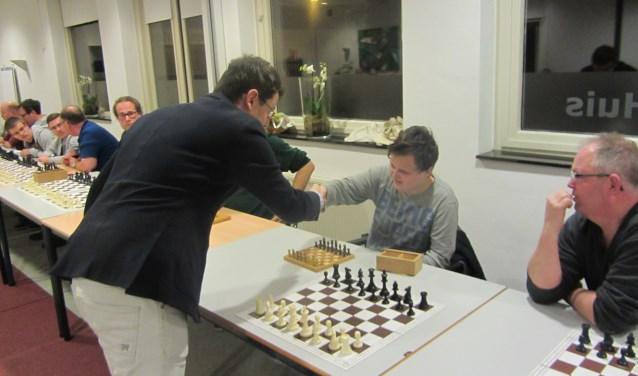 links: L'Ami rechts: Yannick en vader Te Pest